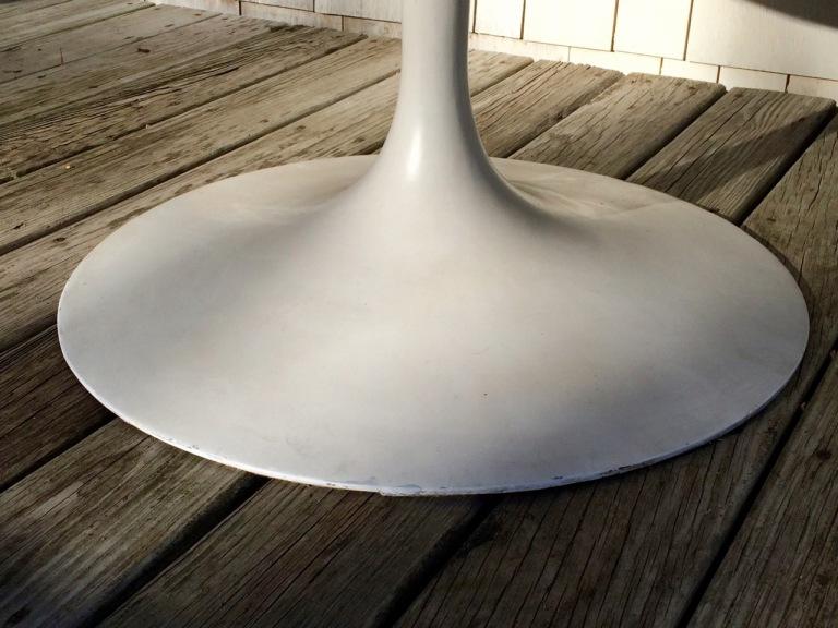 knoll_saarinen_tulip_54_dining_table_-2